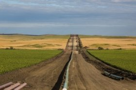 US leads global new-build trunk oil and gas pipeline additions