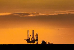 Lloyd's Register innovates lifecycle approach in oil and gas subsurface software