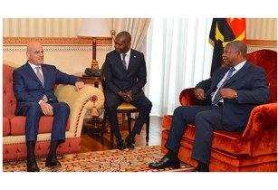 Angola�s President meets Eni CEO Claudio Descalzi