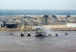 Angola LNG signs global cargo deal with Vitol